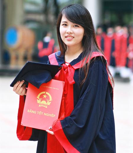 Đồng phục tốt nghiệp cao đẳng M05