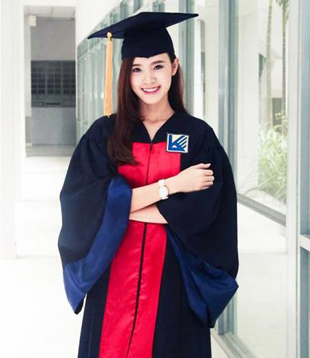 Đồng phục tốt nghiệp phổ thông M02