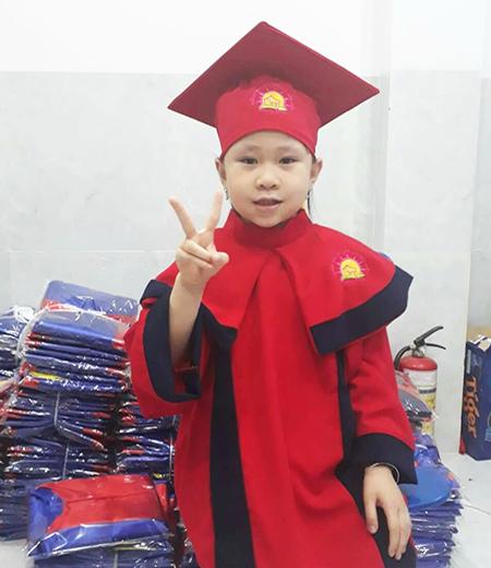Đồng phục tốt nghiệp cấp 1 M01