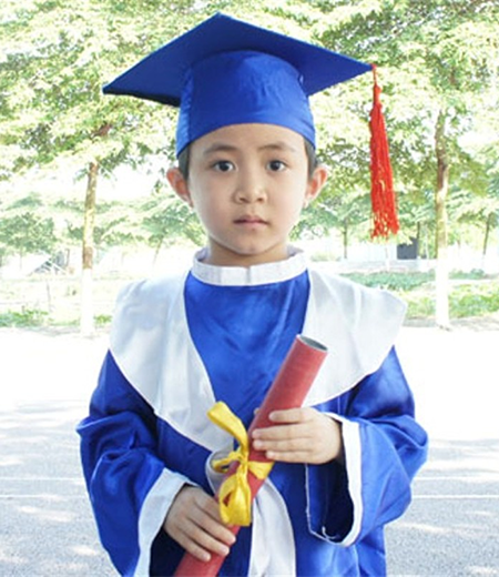 Đồng phục tốt nghiệp cấp 1 M03