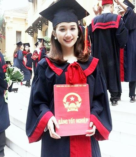 Đồng phục tốt nghiệp đại học M01